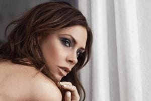 Victoria Beckham faces backlash for using ultra-thin model in new...
