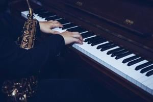 Musical wiring: Brains of jazz and classical pianists work differently
