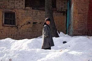 Kargil shivers at -19 degrees Celsius; avalanche warning issued for 7...