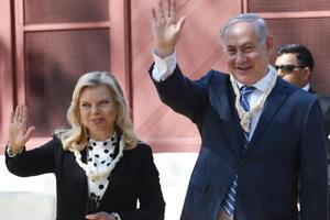 Israel PM Netanyahus has a date with film stars at 'Shalom Bollywood'