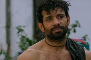 Vineet Kumar Singh plays a struggling actor in Mukkabaaz who faces a lot of hurdles including caste divisions, ego tussles and power politics.