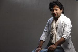 Musician Kailash Kher has composed and sung the anthem for Home Ministry's Bharat Ke Veer initiative.