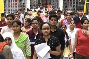 Parents of NEET aspirants oppose last-minute syllabus change