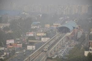 The air quality index of Ghaziabad was in the 'very poor (300-400)' and 'severe (400-500)' categories in November and December.