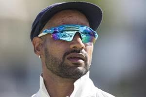 Shikhar Dhawan's gesture towards Shoaib Malik floors Pakistan cricket...