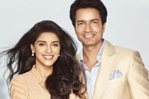 On her wedding anniversary, Asin shares the first picture of daughter....