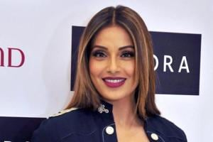 Bipasha Basu quells pregnancy rumours again, calls it irritating