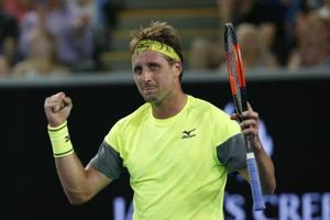'David' makes Tennys headlines after slaying 'Goliath' Stan Wawrinka