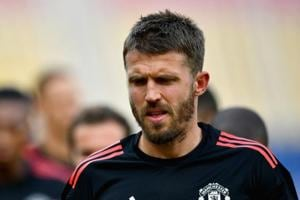 Michael Carrick to retire from Manchester United at end of season, to...