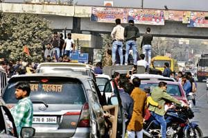 Gurgaon: Karni Sena grounds city traffic, seeks ban on Padmaavat...