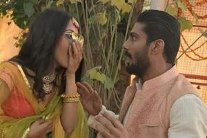 Smita Patil's son Prateik Babbar engaged to girlfriend Sanya Sagar,...