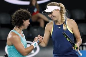 Caroline Wozniacki sees off Suarez Navarro to reach Australian Open...
