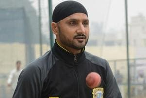 Harbhajan Singh wants challenging Test wickets in India