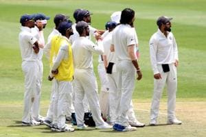 Umpire's call leaves India's reviews in a bind in 3rd Test vs South...
