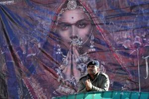 Padmaavat: 10 lakh viewers have seen the film, Deepika's film earns Rs...