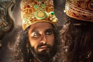 Padmaavat box office day 1: Ranveer, Deepika's film earns Rs 24 cr...