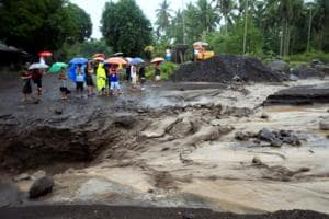 Philippines warns of volcanic mudflows from heavy rains