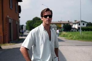 'Drunk' Armie Hammer returns to 'waste of time' Twitter two months...