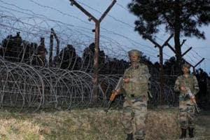 J-K: Pakistan violates ceasefire in Uri sector