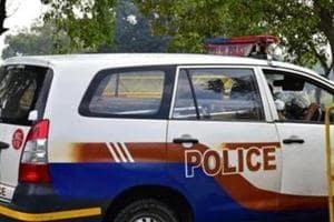 Goons hijack police van, wear khaki uniform and kidnap girl