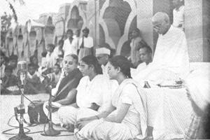 Photos | 70 years ago today: India mourned Mahatma Gandhi's...