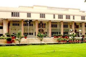 37-year-old theft case, Delhi HC relief for senior CBI officer