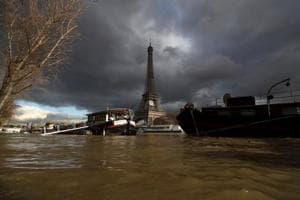 Photos: France heaviest rains in 50 years flood out Paris