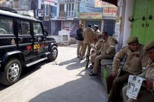 Kasganj violence: Police step up vigil, Congress team stopped on way...