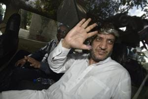 Court rejects Kashmiri separatist leader Shabir Shah's bail in terror...