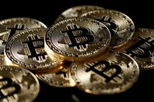 I-T dept will tax bitcoin trade, has issued few lakh notices: CBDT