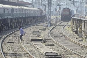 UP:Two killed as woman jumps in front of train with her 3 daughters