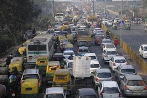 The experts said they wish to improve the city's traffic and the comprehensive mobility plan will be prepared keeping in mind the traffic scenario over the next 20 years, i.e., up to the year 2038.