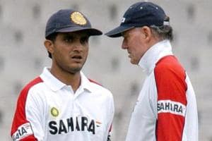 Sourav Ganguly (L), former Indian cricket team captain, had a frosty relationship with former coach Greg Chappell.