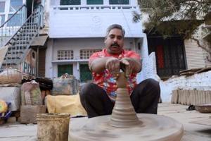 UP's traditional potter takes e-way to entrepreneurship