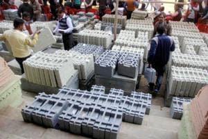 State election commissions red-flagged EC's order on selling EVMs: RTI