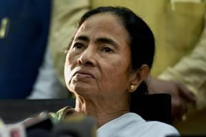 Former IPS office Bharati Ghosh was once considered close to Bengal chief minister Mamata Banerjee (in pic).