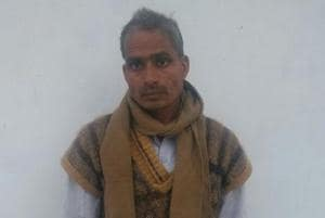 Rajendra Yadav, who was running his clinic on a bicycle in UP's Unnao district, used to treat cold and cough. (HTPhoto)