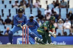 MS Dhoni 4th wicketkeeper to effect 400 dismissals in ODIs