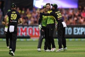 Australia thrash England to enter final of  T20 tri-series