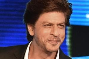 Shah Rukh Khan jumps into a pool to thank fans for reaching 33mn on...