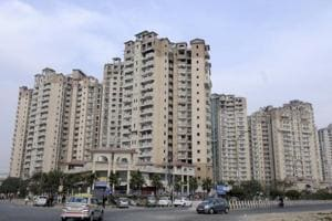 Noida: Admin sets March deadline for builders to clear dues
