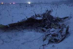 Russia hunts for body parts, clues after plane crash that killed 71