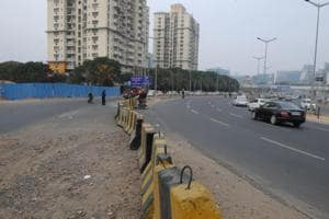 The Gurgaon traffic police closed the road gap at Cyber City opposite Belvedere Park was closed with concrete blocks on Monday.