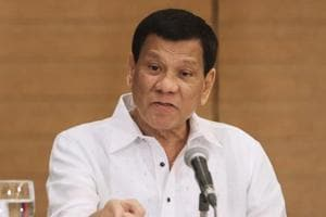 Duterte tells soldiers to shoot female rebels in their genitals