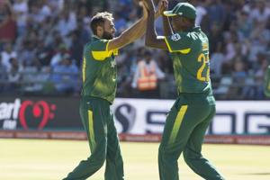 Pakistan-born Imran Tahir alleges abuse by fan wearing Indian jersey...