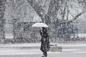 Photos: Snowfall in Kashmir and Himachal ends dry winter spell in...