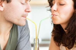 Couples, beware: Sweetened drinks may lower chances of getting...