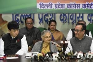 Former Delhi CM Sheila Dikshit and DPCC president Ajay Maken at a press conference in New Delhi.