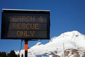 Climber killed in fall, others stranded on Mount Hood, Oregon
