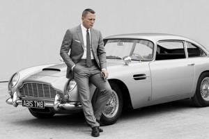 Daniel Craig to auction off his limited edition James Bond Aston...
